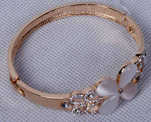 خرید پستی دستبند زنانه (با سنگ سواروسکی)(hc4)