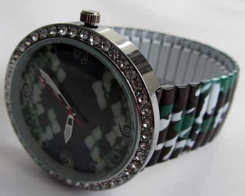 خرید ساعت اسپرت بند کشی با بک گراند پلنگ (w3)