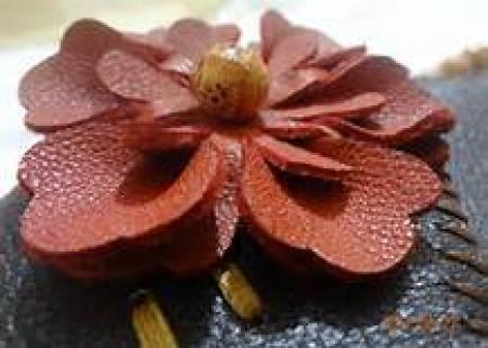 مجموعه آموزش فارسی ساخت گل چرمی