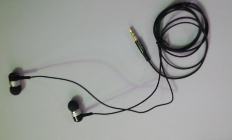 هندزفری اورجینال TDK-اندازه ای کوچک، صدایی پرقدرت